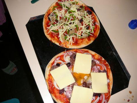 girlie & Master pizza